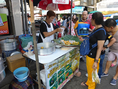 Puesto callejero de comida , Tailandia, La vuelta al mundo de Asun y Ricardo, vuelta al mundo, round the world, mundoporlibre.com