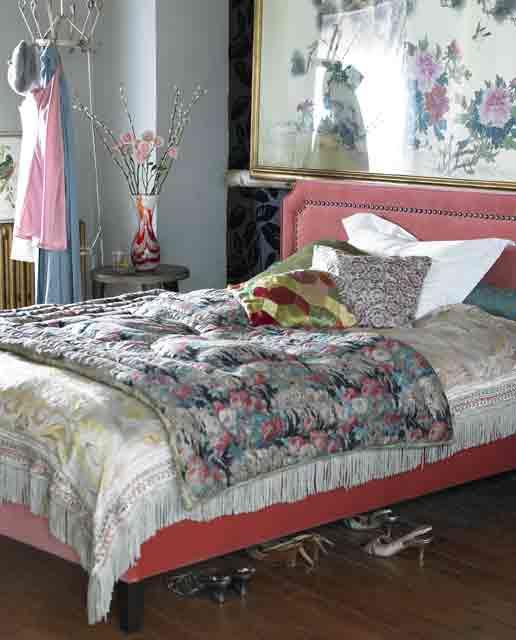 boho chic bedroom with plenty of colors+Desain+Keren+Kamar+Tidur+Anak+Dengan+Warna+Putih,+Biru+dan+Coklat