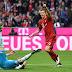 Lewandowski desencanta, Bayern derruba o Schalke e fica bem perto do título