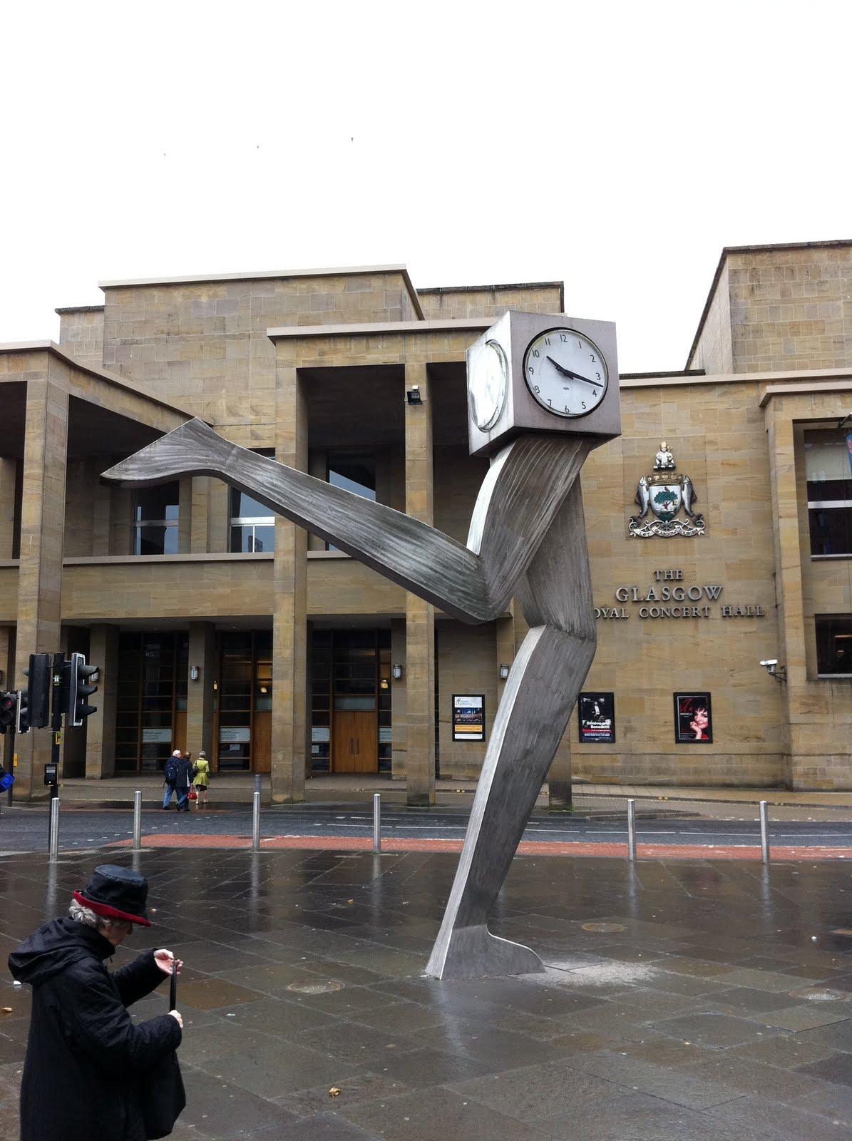 C'est Le Temps Qui Court : c'est, temps, court, Julie, Londres:, Temps, Court