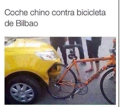 coche chino contra bicicleta Bilbao