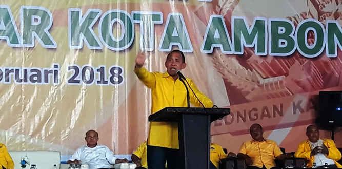 Ketua DPD Partai Golongan Karya Provinsi Maluku Said Assagaff meminta seluruh kader partai untuk tertib di barisan memenangkan Pemilihan Kepala daerah (Pilkada), Pemilihan Presiden dan Pemilihan Umum 2019.