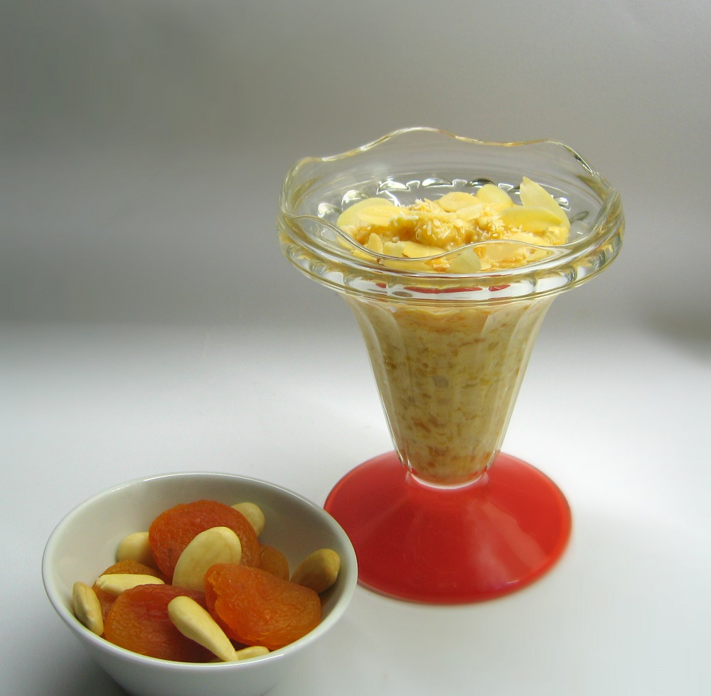 Creme de iogurte, alperce e côco / Yogurt, apricot & coconut cream