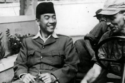 presiden pertama indonesia Soekarno