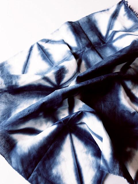 Itajime shibori on cotton © Laura Luchtman
