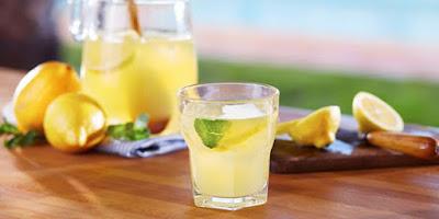 Cara Menghilangkan Bekas Jerawat dengan Jus Lemon