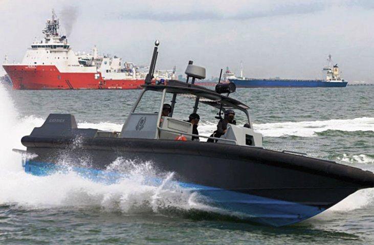 DEFENSE STUDIES: Singapore Police Coast Guard Commissions New Patrol Boats,  Interceptors