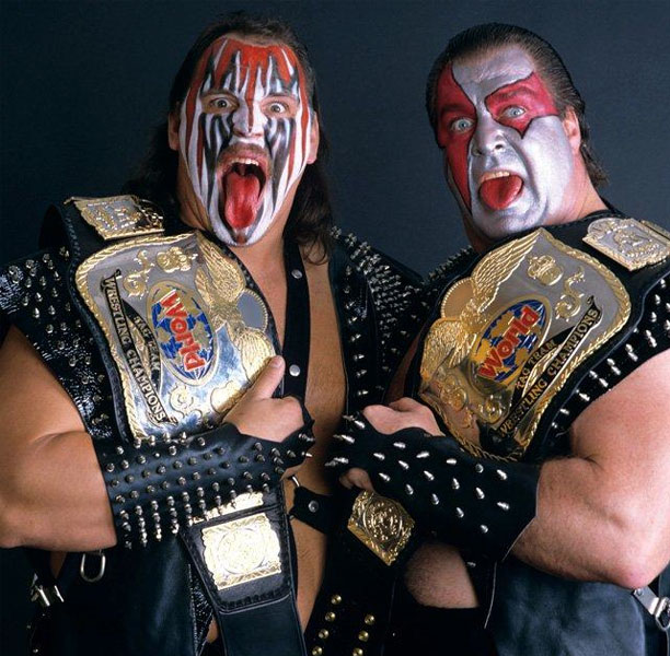 Pressing Catch WWF - Los Demolition