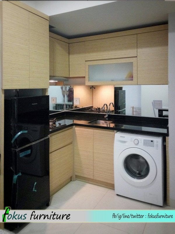 Kitchen set di apartemen kemayoran furniture kitchen set for Kitchen set jakarta