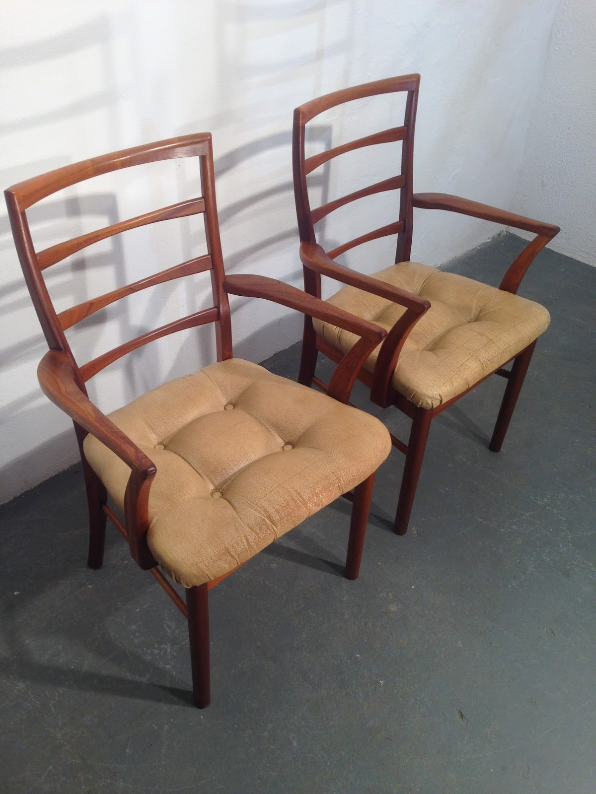 retro dining chairs ireland chairman meaning in tamil ocd vintage furniture mcintosh set