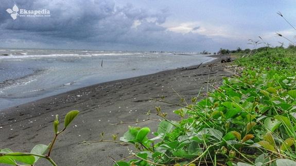 Pantai Pulau Tiban