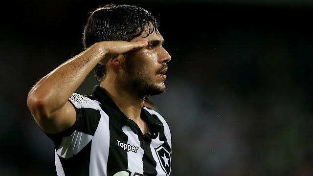 Corinthians quer Igor Rabello