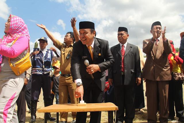 Sambut HUT RI Ke-73, Camat Lalabata Gelar Pesta Rakyat