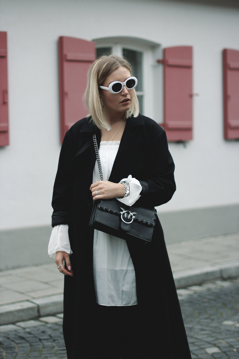 Romika-Boots-Gummistiefel-Rain Boots-Autumn-Autumn Look-French Connection-Pinko-Sachaschuhe-Inspiration-Streetstyle-Style-Inspiration-Blogger-Modeblog-Fashionblog-Fashionista-Autumn-Herbst-Herbst Look-Outfit-Outfitoftheday-Munich-Muenchen-Lauralamode