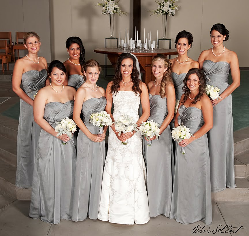 A Bowed Belt Can Outline And Accessorize Your Waistline Help Bridesmaids Look Pretty Additionally The Silver White Color Combination