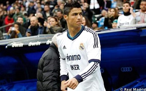 Ronaldo trở lại thi đấu sau án treo giò