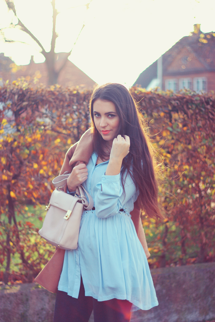 Chicwish Light Blue cutout shirt dress outfit