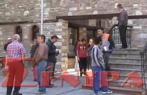 Η κατάληψη το δημαρχείο Καστοριάς (video