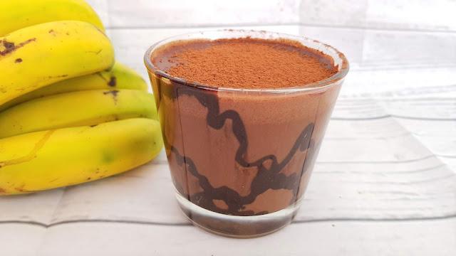Smoothie Frappuccino de plátano, café y chocolate