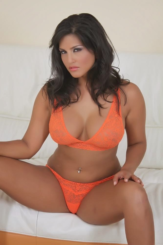 Sunny Leone Sexy Gorgeous Hot Boobs And Ass In Orange -2411