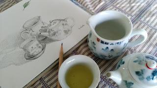 茶器とスケッチ