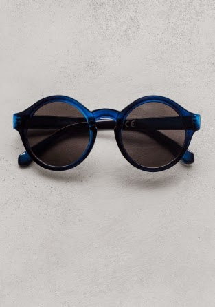 Gafas de sol redondas de   Other Stories 15€     Other Stories rounded  sunglasses 15€ 5123ec579cc7