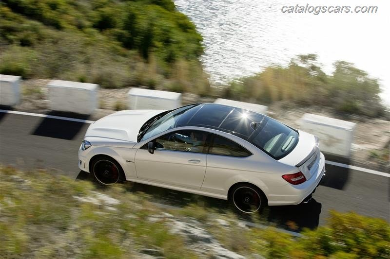 صور سيارة مرسيدس بنز سى 63 AMG كوبيه 2012 - اجمل خلفيات صور عربية مرسيدس بنز سى 63 AMG كوبيه 2012 - Mercedes-Benz C63 AMG Coupe Photos Mercedes-Benz_C63_AMG_Coupe_2012_800x600_wallpaper_06.jpg