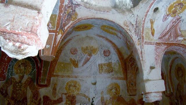 skalne miasto i bizantyjski kościół