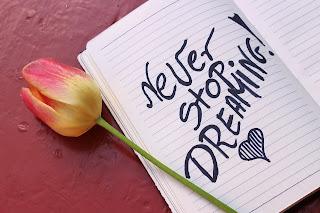 Soñar, asesor, consejero, mentor, tutor, orientador, psicólogo, guía, consultor, ayuda,