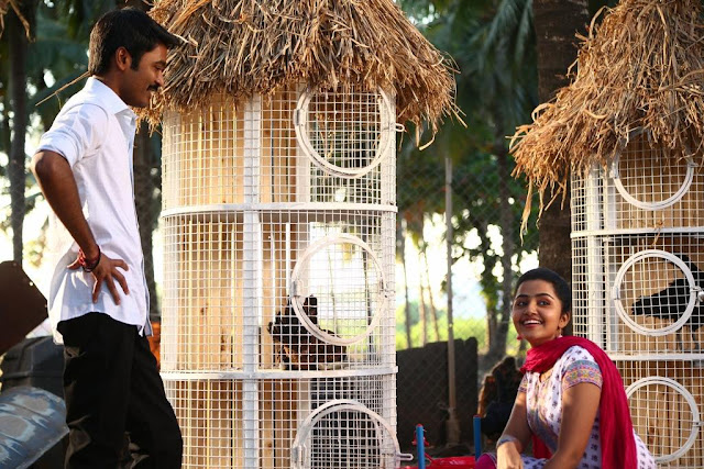 Dhanush,anupama parameshwaran in Kodi Tamil Movie Stills