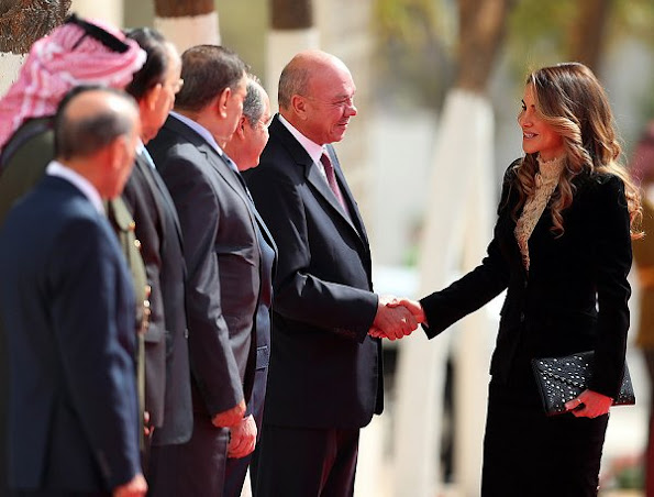 Queen Rania style, wore Velvet suits, diamond earrings and rings, Gianvito Rossi Black leather pumps, shoes, snake skin handbag, clutch