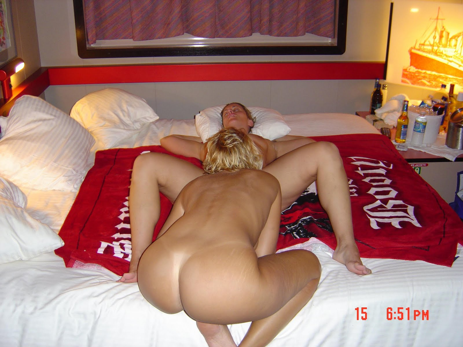 Horny amateur mature swingers
