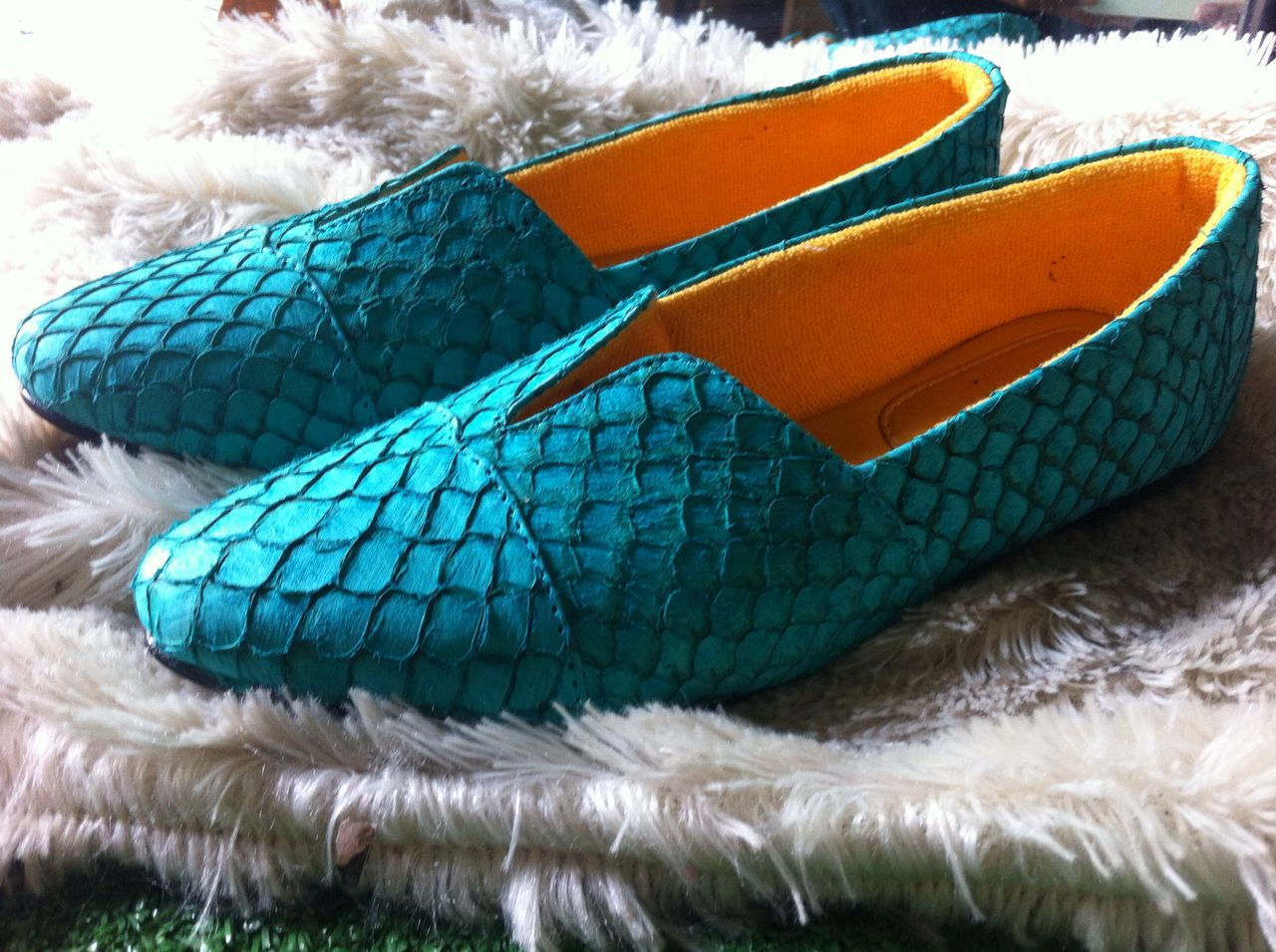 PINEAPPLESHOES   Sepatu Dari Kulit Ikan Yang Menarik Minat Pencinta ... 5aa590b01d