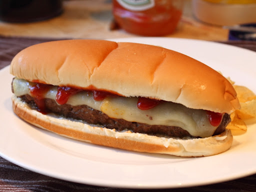The Great All-American Burger Dog – USA! USA! USA!