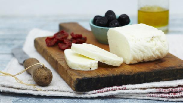 What is your Favourite Cheese ? - Page 6 Halloumi_cheese_16x9