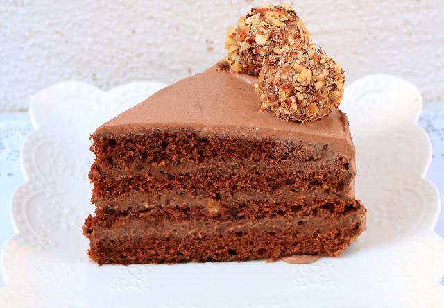 Torta-sa-lešnicima-napolitankama