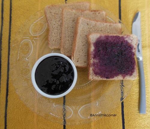 How to make Black Grape Jam - Step 4