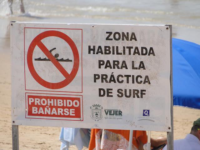Playa habilitada para la práctica de surf