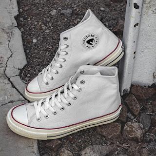 Ventela Back To 70s White