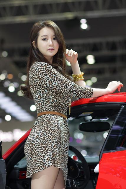 KONTES SEO: Korean Model Yoon Eun Hye Photoshoots