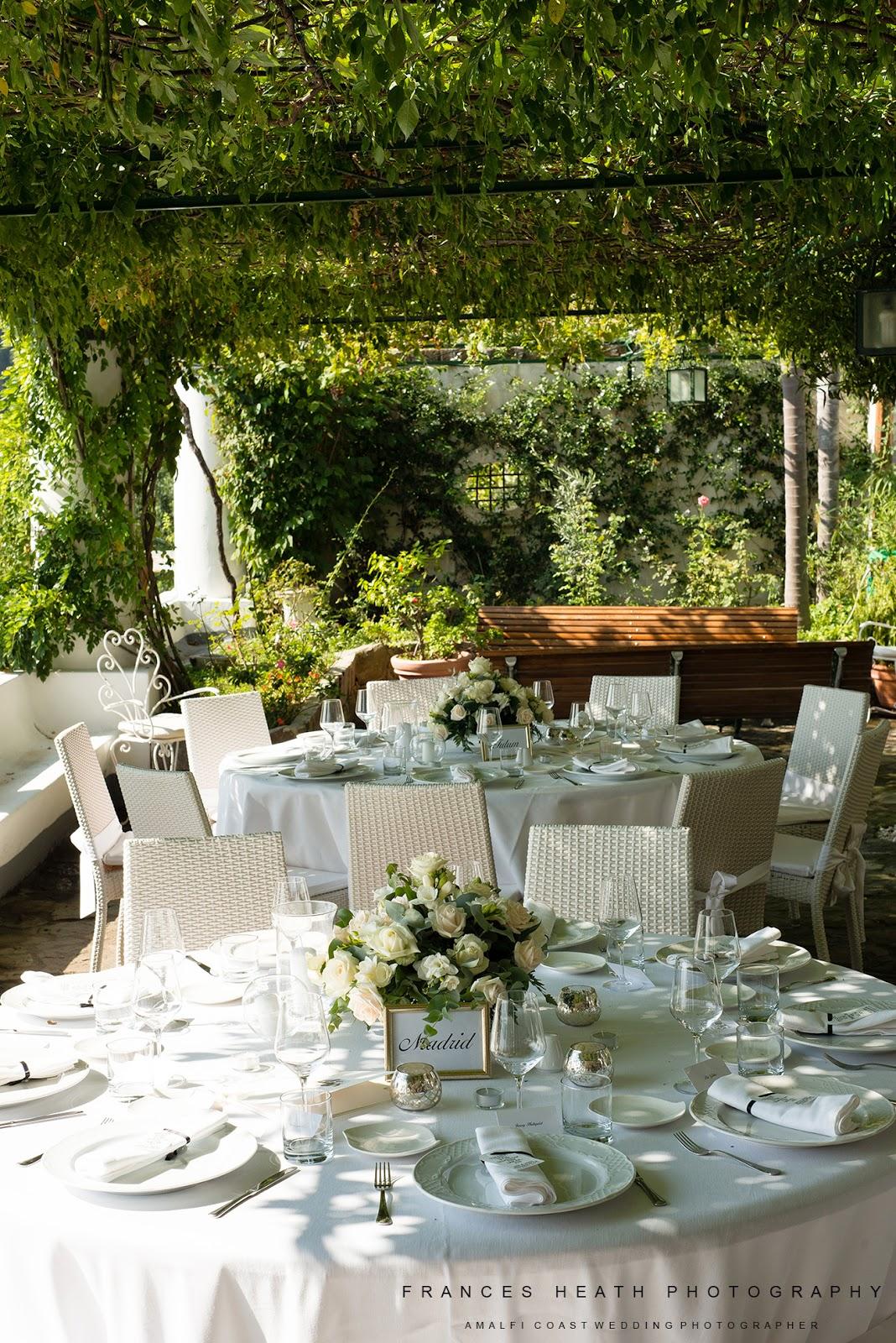 Wedding table decorations at Villa Oliviero in Positano