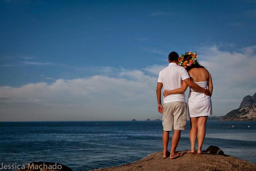 esession-praia-coroa-flores-noivos