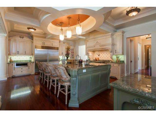 Tricked Out Mansions Showcasing Luxury Houses Insane