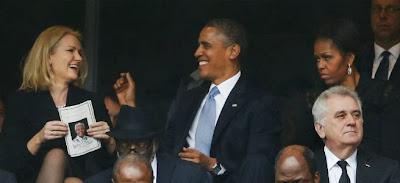 La primera ministra danesa bromea con el presidente de EEUU Obama mientras su mujer se enfada.