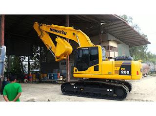 Rental Excavator Komatsu PC-200 Surabaya