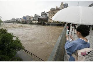 'Historic' rain in Japan