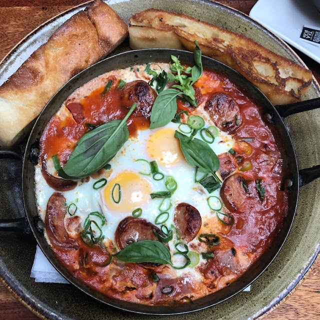 Piatella, Glen Waverley, shashuka eggs