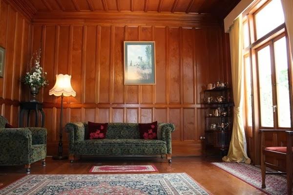 Desain Ruang Tamu Tradisional A Modern