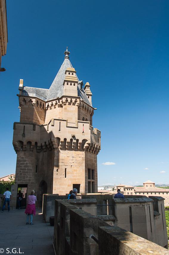 Torre de las tres coronas en el Palacio Real de Olite