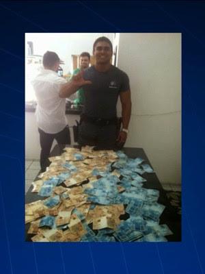 PM do MA preso por assalto a posto ostentava dinheiro em redes sociais